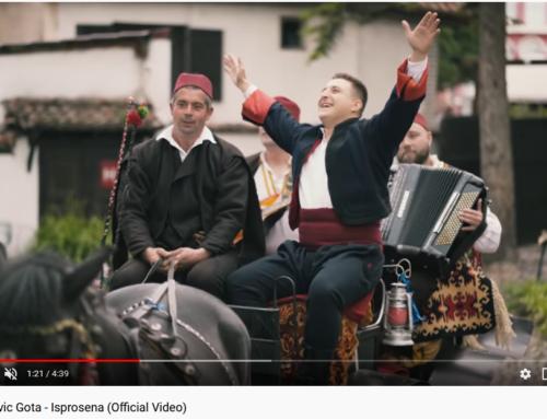 """Zona Zamfirova na pirotski način! Izašao spot Mioša Živkovića – Gote za pesmu """"Isprošena""""!"""